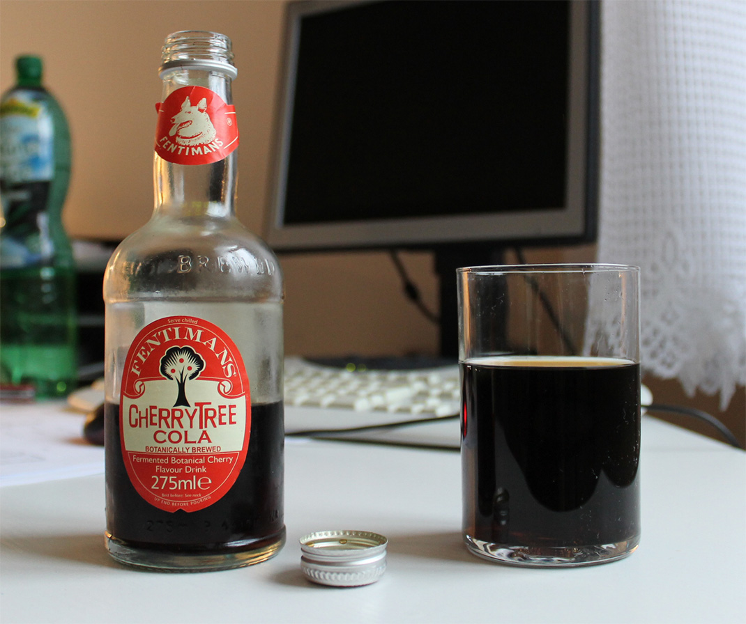Fentimans Cherry Tree Cola se zázvorem